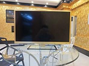 LG 32LB5820 81 cm (32 inches) Full HD LED Smart TV (Silver)